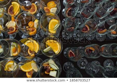 Gyümölcs koktélok piac Barcelona bolt bolt Stock fotó © elxeneize
