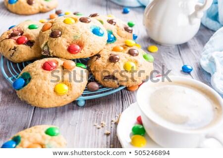 Stock fotó: Házi · készítésű · sütik · színes · csokoládé · cukorkák · csésze