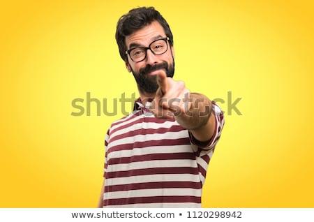 小さな · あごひげを生やした · 男 · 笑みを浮かべて · ポインティング · 指 - ストックフォト © feedough