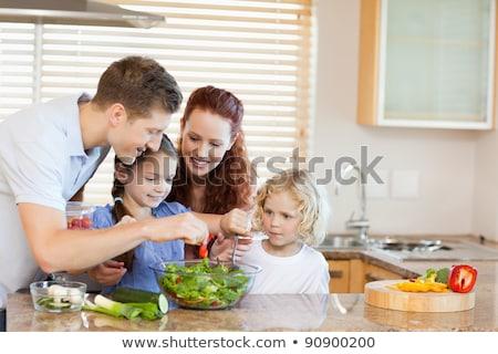 Dört kızlar sebze eğlence şef Stok fotoğraf © IS2