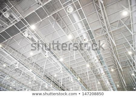 soffitto · illuminazione · elettricista · alimentatore · lavoro · lavoro - foto d'archivio © boggy
