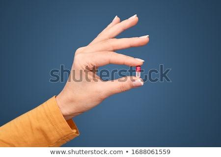 Stockfoto: Vrouw · hand · pillen · tablet · vrouwelijke