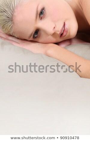 ブロンド 女性 マットレス ファッション モデル 美 ストックフォト © photography33