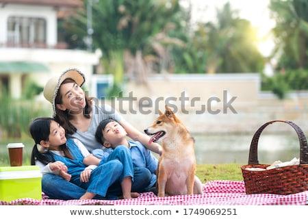 любителей парка женщину семьи счастливым здоровья Сток-фото © wavebreak_media