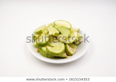 zucchine · zucchine · piatto · bianco · verde · studio - foto d'archivio © bloodua