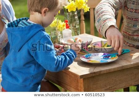 ребенка · Живопись · яйца · красивой · счастливая · семья · Пасху - Сток-фото © monkey_business