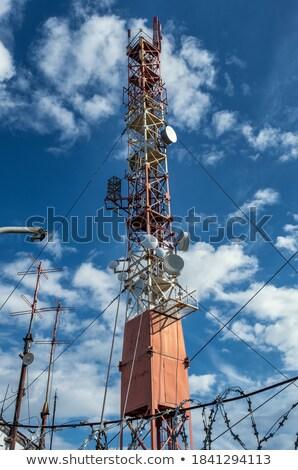 Toren communicatie hoog omhoog hemel technologie Stockfoto © rghenry