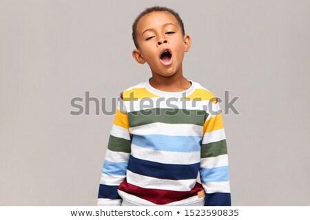 Kind Porträt weiß Bett wie müde Stock foto © Lopolo
