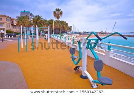 Nyilvános fitnessz testmozgás park mediterrán tenger Stock fotó © xbrchx