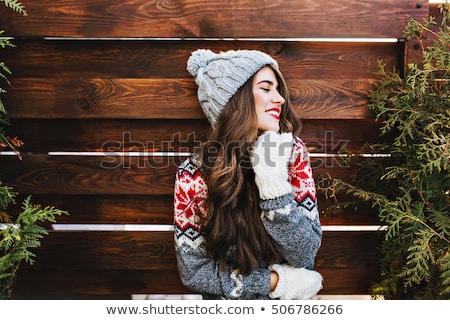 femme · rouge · laine · chandail · visage - photo stock © carlodapino