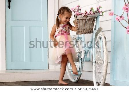 элегантный девушки белое платье цветы красивая женщина позируют Сток-фото © NeonShot
