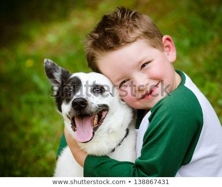 ontspannen · buitenshuis · huisdier · hond · liefde - stockfoto © monkey_business