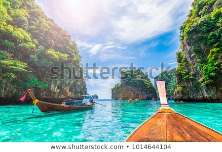 Traditionellen Thailand Boot Meer sunrise Strand Stock foto © joyr