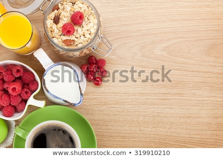 Stok fotoğraf: Kahvaltı · müsli · karpuzu · portakal · suyu · kahve · kruvasan