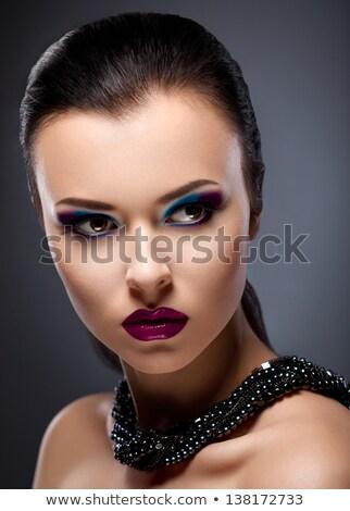 Moda twarz z fioletowymi klejnotami do makijażu Zdjęcia stock © Gromovataya