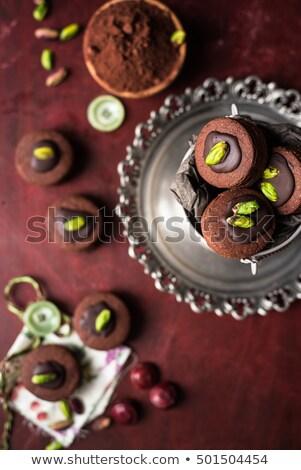 Csokoládé pisztácia diók sütik doboz fém Stock fotó © faustalavagna