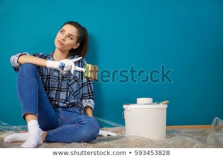 Genç kadın bakıyor geri omuz merdiven Stok fotoğraf © dash