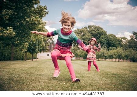 Deux neuf ans fille étudiant école à l'extérieur Photo stock © Lopolo
