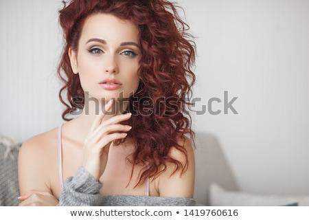 jóvenes · hermosa · mujer · cara · retrato · rojo - foto stock © Andersonrise