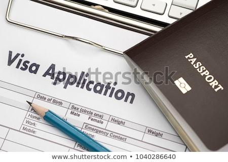Visado aplicación pluma papel viaje datos Foto stock © fuzzbones0