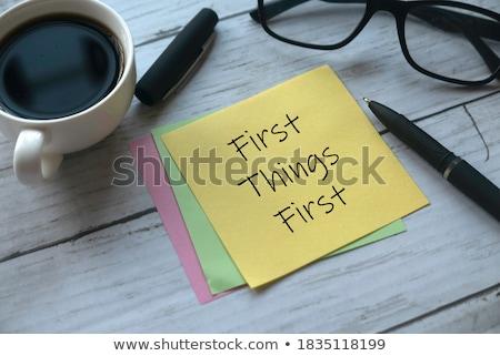 Primeiro coisas para fazer a lista mão escrita vermelho Foto stock © ivelin