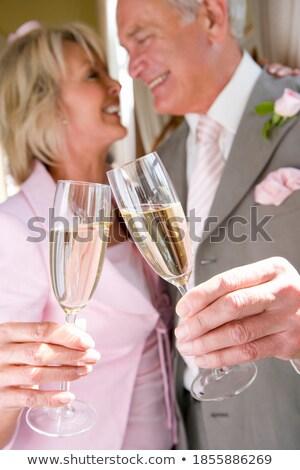 sposa · lo · sposo · insieme · abbraccio - foto d'archivio © wavebreak_media