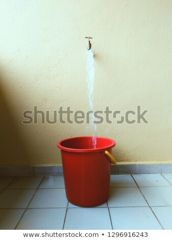 Tippen Wasser Hintergrund weiß Weg Flüssigkeit Stock foto © bluering