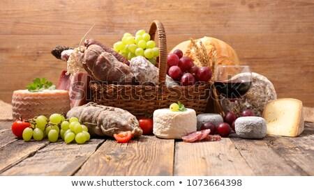 Wiklina koszyka ser wina drewna tle Zdjęcia stock © M-studio