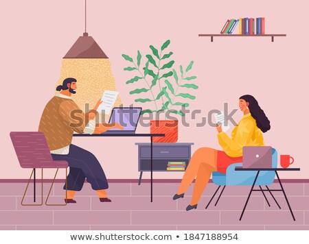 Masculino leitura documentação mulher laptop vetor Foto stock © robuart