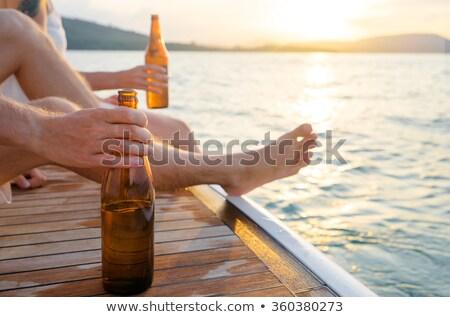 Personnes bière soude célébrer extérieur ensemble Photo stock © deandrobot