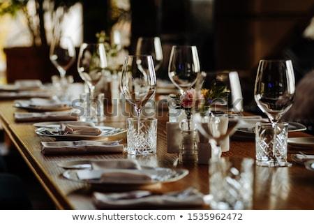 Elegáns étterem asztal szemüveg evőeszköz étel Stock fotó © Donvanstaden