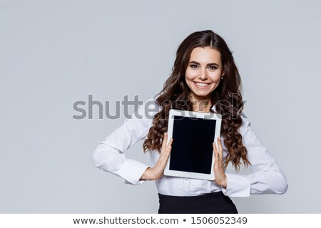 Elegante glimlachende vrouw tablet portret glimlachend Stockfoto © d13