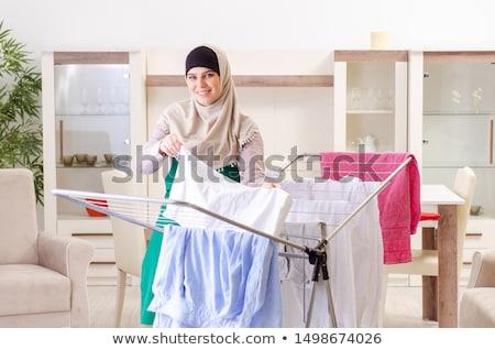 Nő hidzsáb ruházat vasalás otthon szoba Stock fotó © Elnur