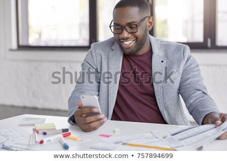 Jómódú üzletember hivatalos ruházat értesítés digitális Stock fotó © vkstudio