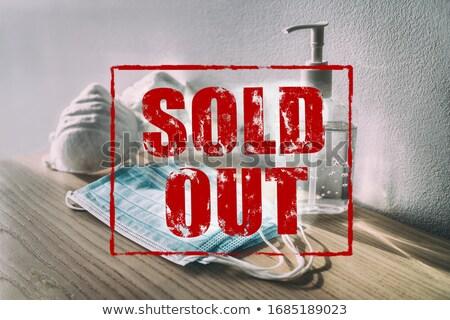 Vendido fora vermelho texto assinar suprimentos médicos Foto stock © Maridav