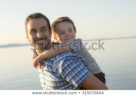 Vater-Sohn · Ozean · Lächeln · Männer · jungen · Vater - stock foto © photography33