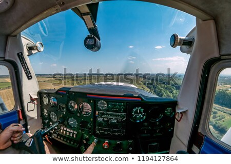 Licht vliegtuigen cockpit vliegtuig vliegtuig vintage Stockfoto © marcopolo9442