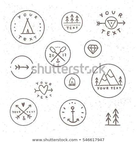 Vintage camping teken reizen badge Stockfoto © JeksonGraphics