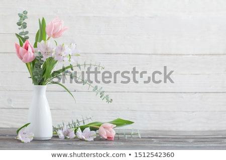 Virágcsokor rózsaszín tulipánok fehér váza fából készült Stock fotó © Melnyk