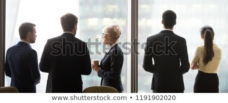 üzletember néz nagy város távolság fiatal Stock fotó © ra2studio