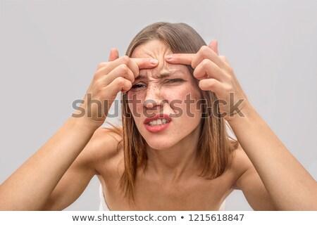 surpreendido · mulher · jovem · banheiro · cara · saúde · fundo - foto stock © zurijeta