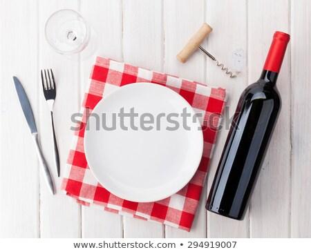 Asztal tányér borospohár borosüveg dugóhúzó felső Stock fotó © Kirill_M