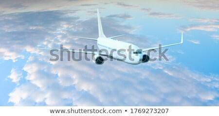 grande · avión · aeropuerto · blanco · avión · cielo · azul - foto stock © ssuaphoto
