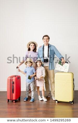 Fiatal lezser férj feleség poggyász kicsi Stock fotó © pressmaster