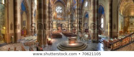 modern · templom · bent · épület · kereszt · üveg - stock fotó © rglinsky77
