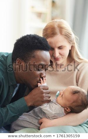 привязчивый · пару · поцелуй · Cute · сын - Сток-фото © feverpitch
