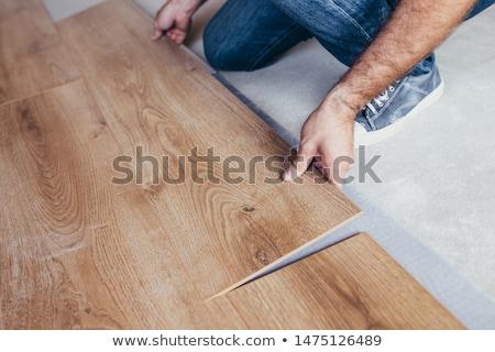 Сток-фото: мастер · на · все · руки · дома · древесины · стены · пространстве