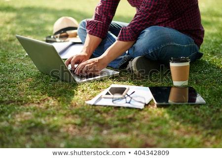 Studenten werken gras meisje boek school Stockfoto © photography33