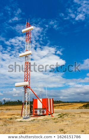 Antenna installazione cielo lavoro mobile lavoratore Foto d'archivio © njaj