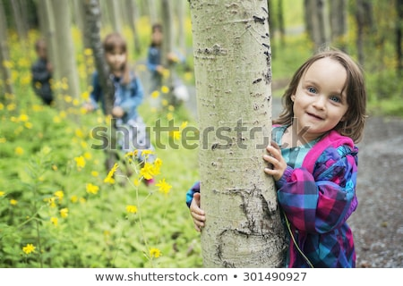 schönen · Kind · Blumen · Frühling · grünen · Wiese - stock foto © lopolo